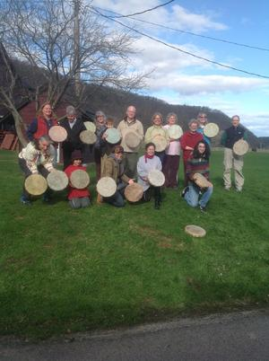 Kanatsiohareke Drum Making Workshop 2015